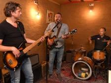 Boxmeerse drummer debuteert met The Swim