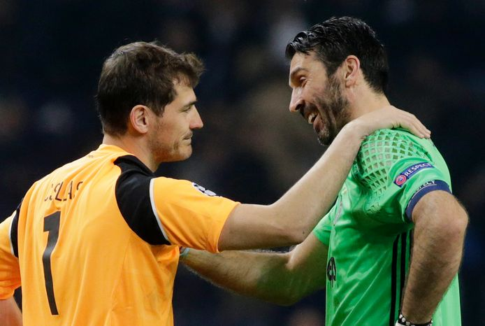 Twee grootgheden onder de lat in 2017: Gianluigi Buffon (Juventus) en Iker Casillas (Porto).