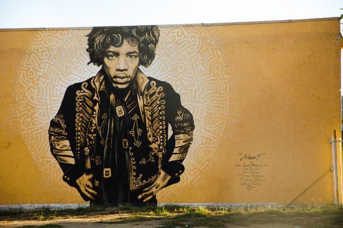 Een muurtekening van Jimi Hendrix in Californië.