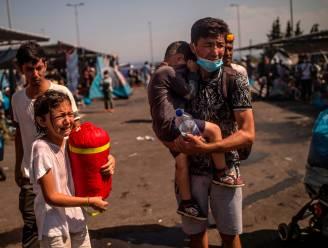 """VTM-correspondent Robin Ramaekers over de miserie na brand in vluchtelingenkamp: """"Ze willen maar één ding: weg uit Lesbos"""""""