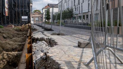 Werf doet nieuw voetpad Muntstraat wegzakken