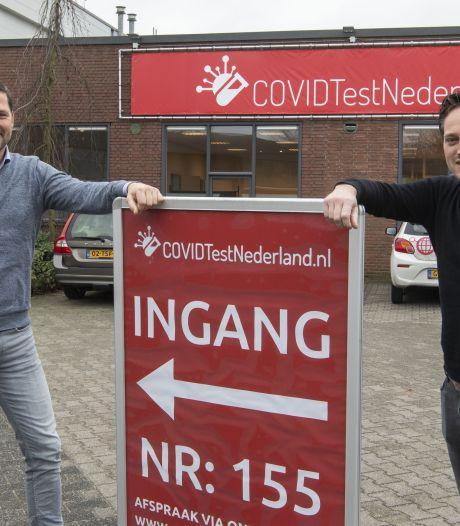 Commerciële CovidTestNederland kritisch over GGD Twente: 'Het gaat allemaal veel te traag'