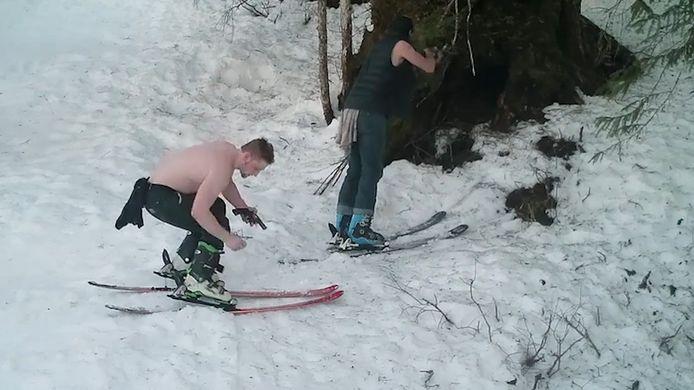 De stropers mikken op de beren in winterslaap.