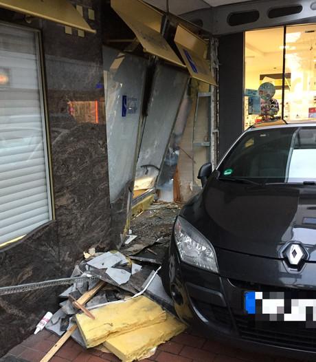 Ramkraak bij juwelier in Gronau mislukt, daders vluchten zonder buit