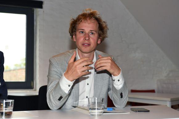 Schepen van ICT Thomas Van Oppens doekt intercommunale HeLics op. In de plaats komt een volwaardige directie Digitaal onder de vleugels van de stad Leuven.
