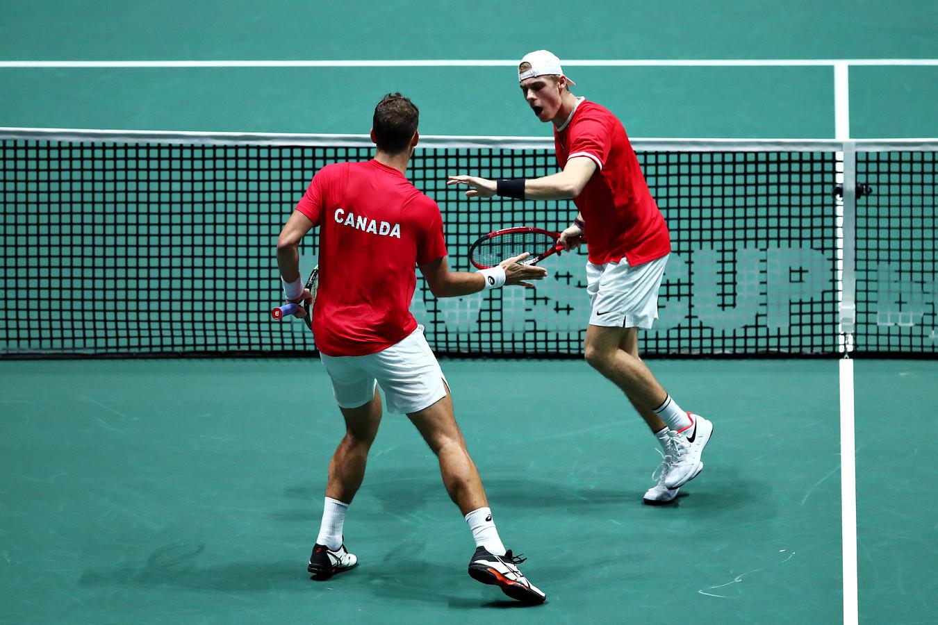 Vasek Pospisil (links) en Denis Sjapovalov namens Canada.