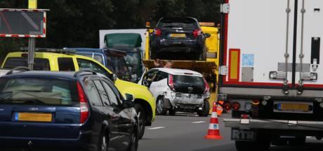 File op A73 door ongeluk met meerdere auto's bij Heumen