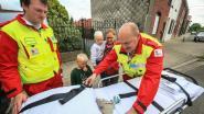 Ambulance brengt verloren knuffel terug tot bij Sem (3)