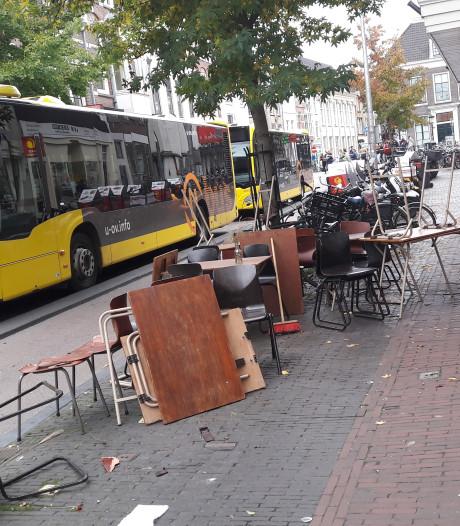 Man die terras Voorstraat op reed, gaat verplicht in behandeling