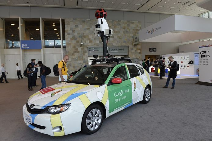 Un véhicule de Google Street View en 2016.