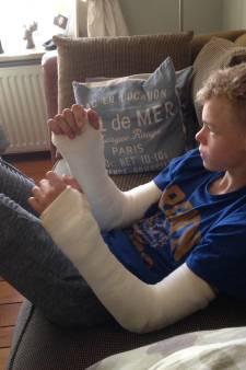 Motorcrosser (16) uit Zenderen heeft pinnen in beide polsen