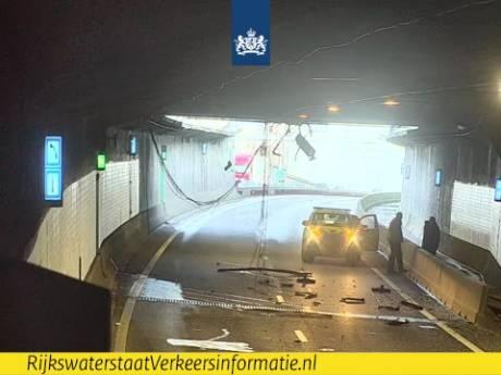 Enorme ravage in Beneluxtunnel door te hoge vrachtwagen