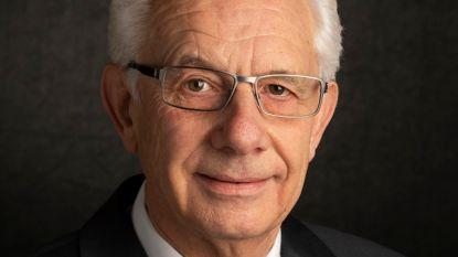 Schepen Frans Debouck (72) heeft  COVID-19 en longontsteking: opgenomen in het ziekenhuis, maar herstellende