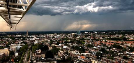 Flinke hagel in Arnhem en onweer boven Dieren