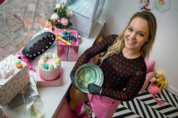 De Bredase Fleur de Bont was kleuterjuf, maar jaagt op de Haagdijk nu haar droom als taartenbakster na met haar winkel YAY Taart.