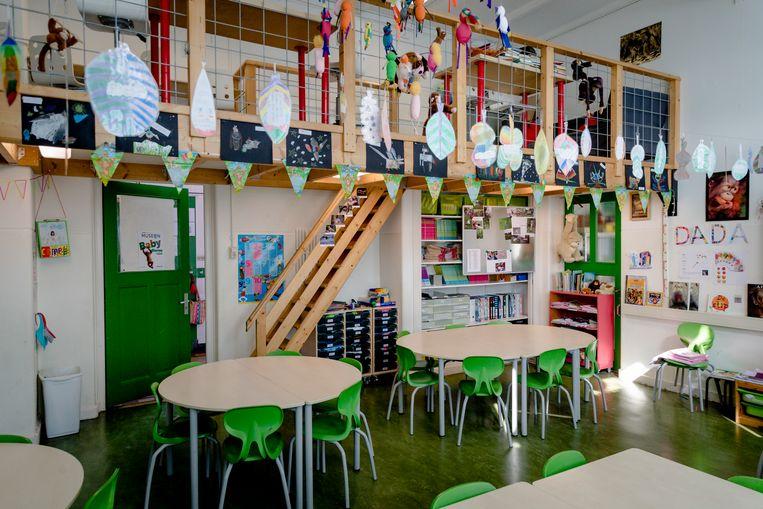 'Er is bijna geen school in Amsterdam waar het schoolteam compleet is.'  Beeld ANP XTRA