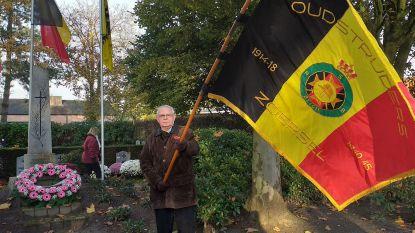 """Zoersel eert oud-strijders en oorlogsslachtoffers met kransneerlegging: """"Herinneren doet leren"""""""