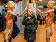 CU Zwolle wil verbod op tentoonstelling 'Real Human Bodies'
