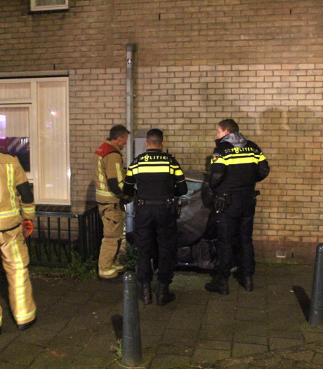 Opnieuw brandjes in Den Haag: scootmobiel in brand gestoken op Jacob Jordaensplein