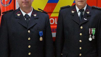 Brandweermannen Guy en Willy bekroond met medaille