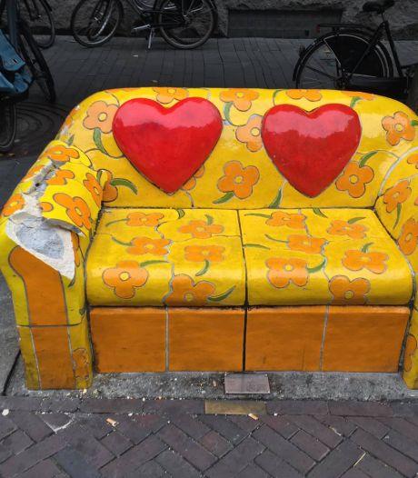 Zonde: bekendste bankje van Enschede wéér kapot