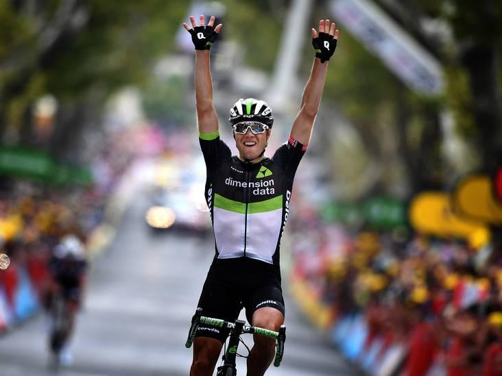 Boasson Hagen rijdt iedereen uit het wiel in laatste kilometers