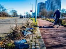 Een vuilnisbelt: Rotterdam vergeet deze dijk al negen maanden schoon te maken