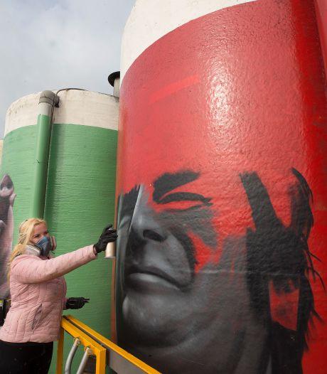 Enorme portretten op silo's vertellen het verhaal van de Achterhoek
