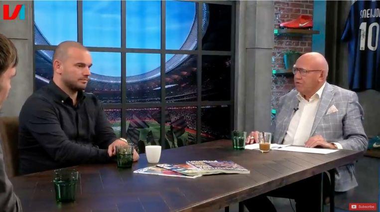 Wesley Sneijder bij Kees Jansma aan tafel in Voetbal International Live Beeld