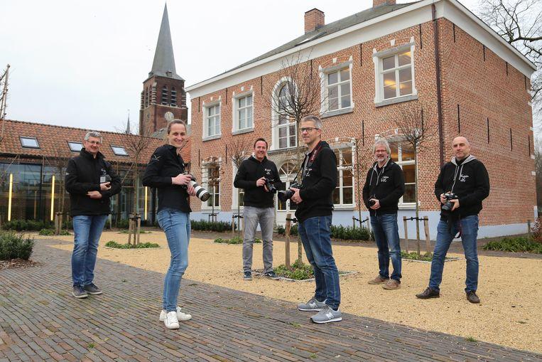 Het vrijwilligersteam van Wezelopdefoto.be.