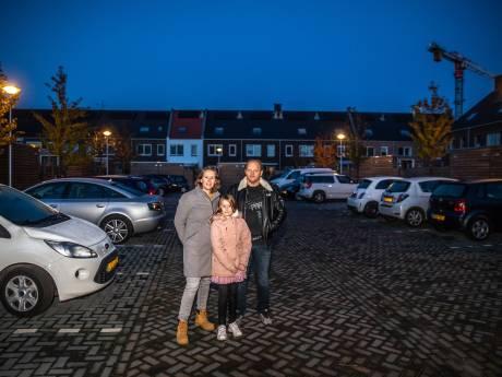 Maandenlang geen licht op parkeerplaats in Zwolle, tot tv-programma Radar langskomt: 'Gaat ver dat dit nodig is'