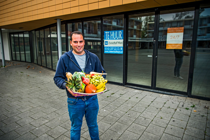 Hakim Farkouchi: ,,Mensen zijn supermarkten zat.''