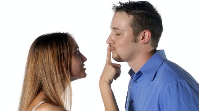 De 10 ergste leugens die een man aan zijn geliefde vertelt