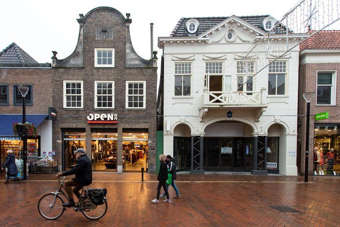 De Grotestraat van Almelo wordt nog altijd geteisterd door leegstand. Als centrummanager heb je daar invloed op.