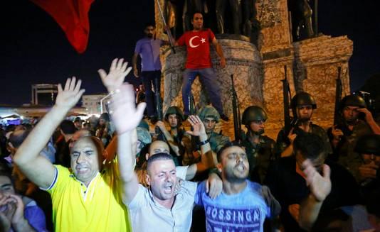 Demonstranten op het Taksimplein
