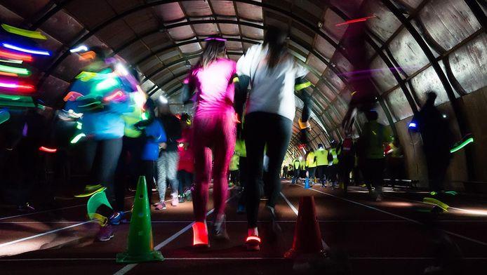 De Night Run in de indoor atletiekhal in Zoetermeer.