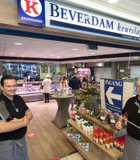 Bij Keurslager Beverdam in Rijssen is de gedeelde passie in de familie voor het slagersvak voelbaar