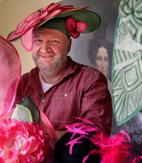 Petje af voor de hoedenmaker uit Lonneker: 'Wat zij op haar hoofd had, was meer iets voor een jagersfeestje'