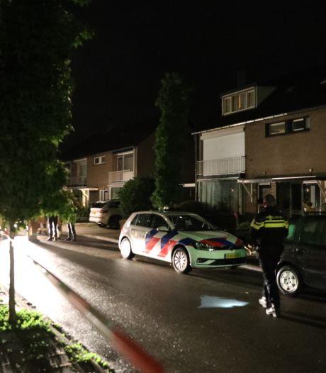 Politie vindt dodelijk slachtoffer achter brandende woning in Velp