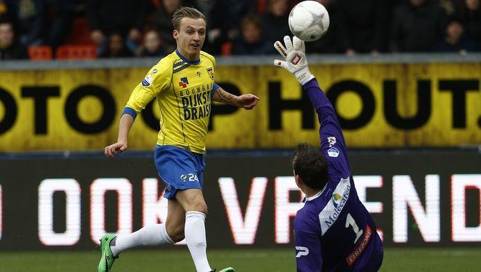 Cambuur Dankzij Uitblinkers Ritzmaier En Barto Ruim Langs Zwolle Nederlands Voetbal Ad Nl
