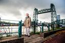Rotterdammer Jan Hoek (94 jaar) is indertijd in het ruim van een schip gestopt en afgevoerd. Foto: Frank de Roo