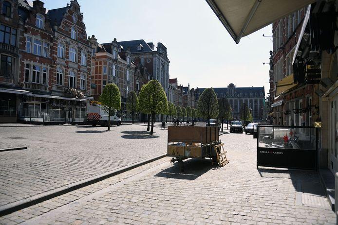 De Oude Markt in Leuven in tijden van corona. Tot op heden is er nog altijd geen perspectief voor de sector.