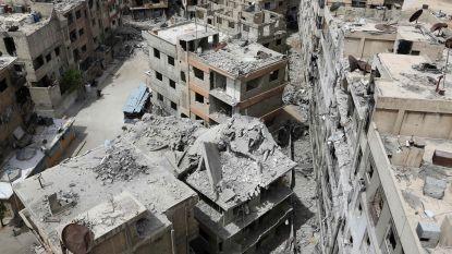 """Geweld Syrië - """"Duitse cilinders met chloor en Britse rookbommen in Oost-Ghouta"""", zegt Moskou"""