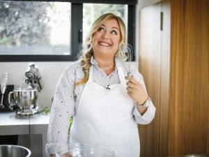 """La recette de pâte à crêpes inratable de la cheffe et blogueuse """"Leslie en cuisine"""""""