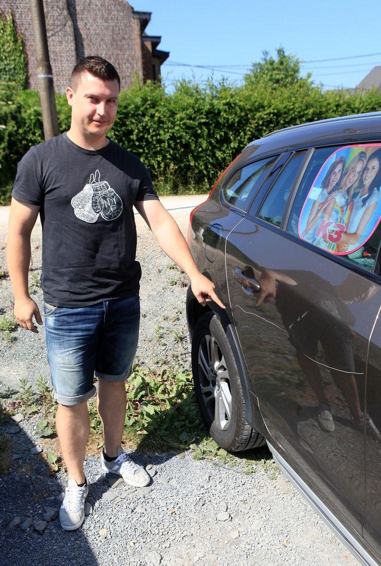 Bart Van Waeyenberge is slachtoffer nummer 26: zijn Volvo werd op drie plaatsen bekrast.