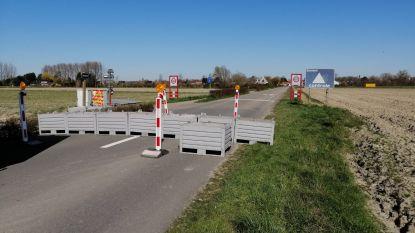 """Politie waarschuwt: """"Blokkades tussen Knokke en Nederland gelden ook voor fietsers"""""""