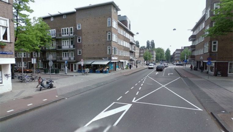 Het kruispunt van de Orteliuskade en de Jan van Galenstraat. © Google Streetview Beeld
