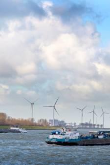Bouw windturbines Landtong Rozenburg vertraagd