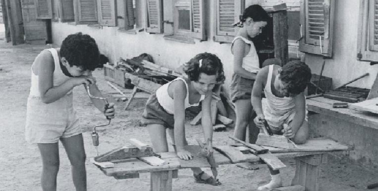 'Toen mijn ouders plotseling de kibboets verlieten, was ik van het ene op het andere moment al mijn vriendjes kwijt.' Beeld getty