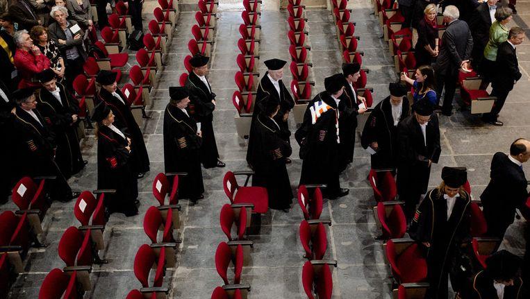 Binnenkomst van het cortege van hoogleraren van de Universiteit van Amsterdam tijdens de 382ste Dies Natalis, een bijzondere zitting van het College voor Promoties, begin dit jaar. Beeld anp